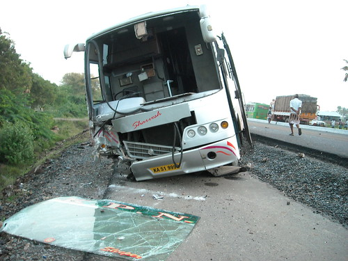 Tamil Nadu - KPN Travels Bus Accident 03 | by Sistak