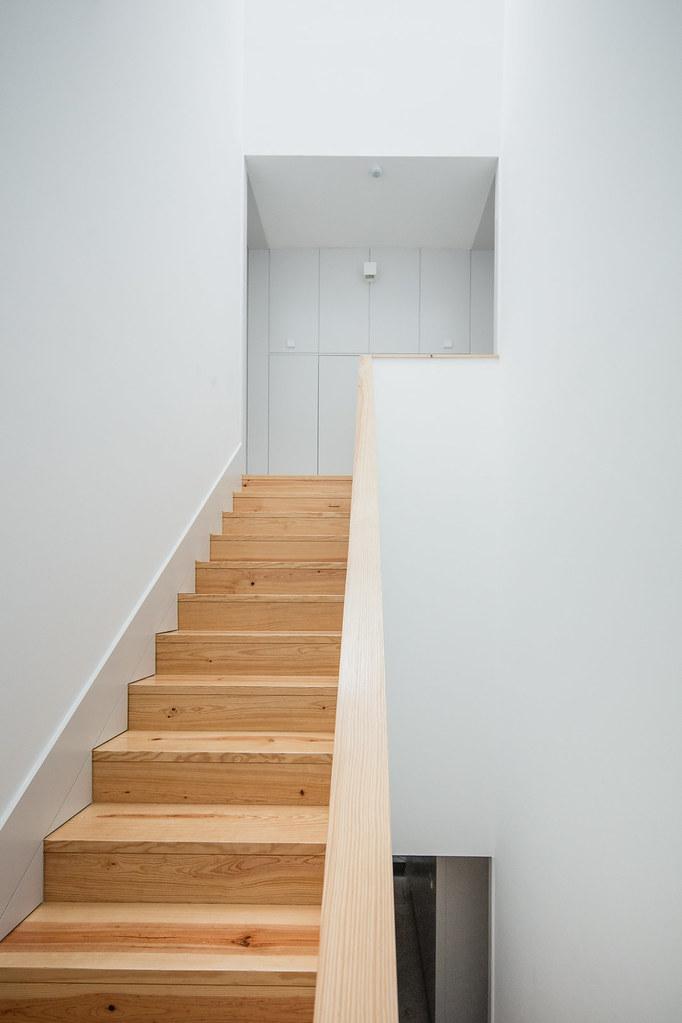 Duplex flat design in Porto by Portuguese architectural studio PF Arch Sundeno_07