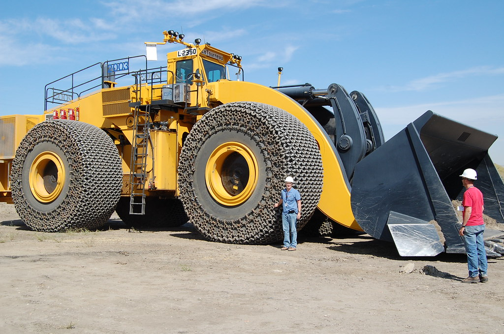Earth Moving Equipment, Trapper Mine | More giant earth ...