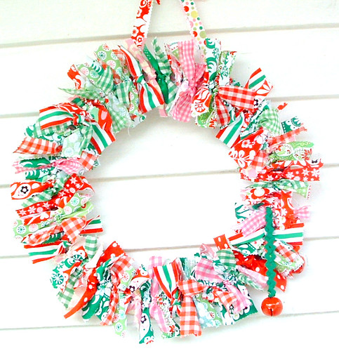 holiday rag wreath (14) | by heatherknitz