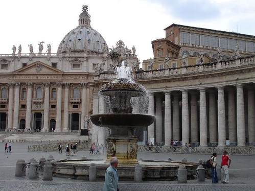 Fountain at St.Peter's - Rome | The Old Saint Peter's ...