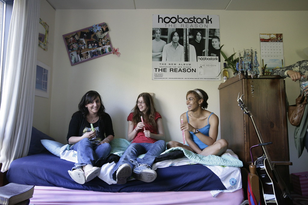 a look at dorm life at green state university Comprehensive information on campus life at bowling green state university  get an inside look at real student profiles and and living in the dorm read more.