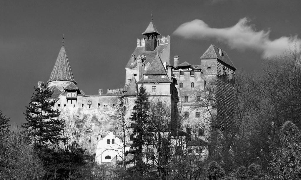 Bran Castle | Bran Castle (German: Törzburg; Hungarian ...