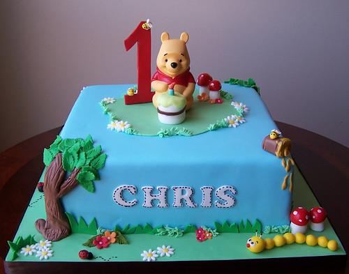 Winnie the Pooh first birthday cake 10
