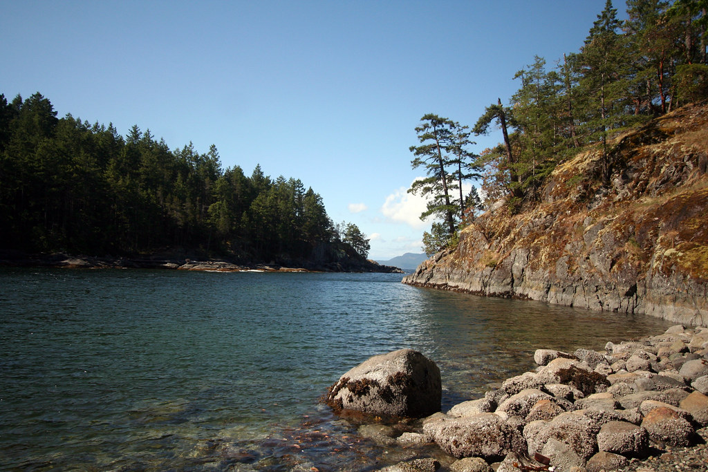 Back Up Camera >> Sheltered bay, Francis Point Provincial Park | Ruth Hartnup | Flickr