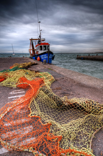 Fishing boat leigh on sea the james gary ian horne for Fishing boat cost