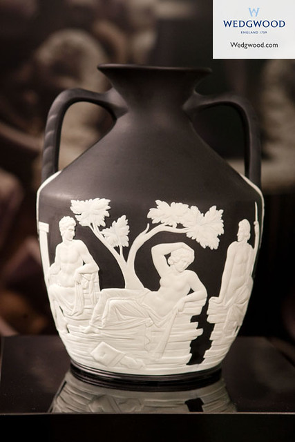 Wedgwood Portland Vase Close White On Black Jasper Flickr