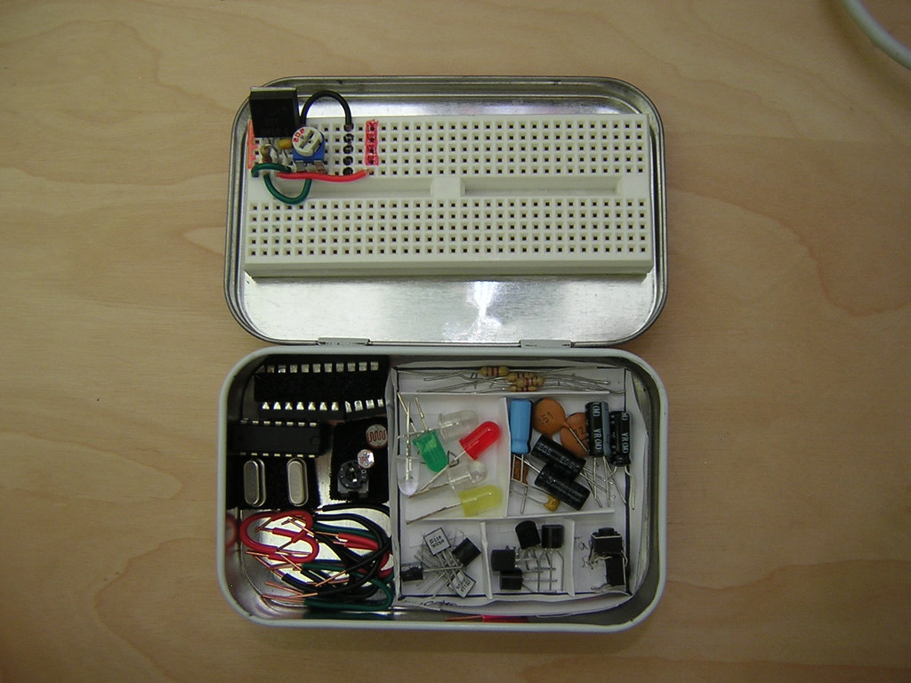 Altoids Tin Electronics Lab Open This Is A Small