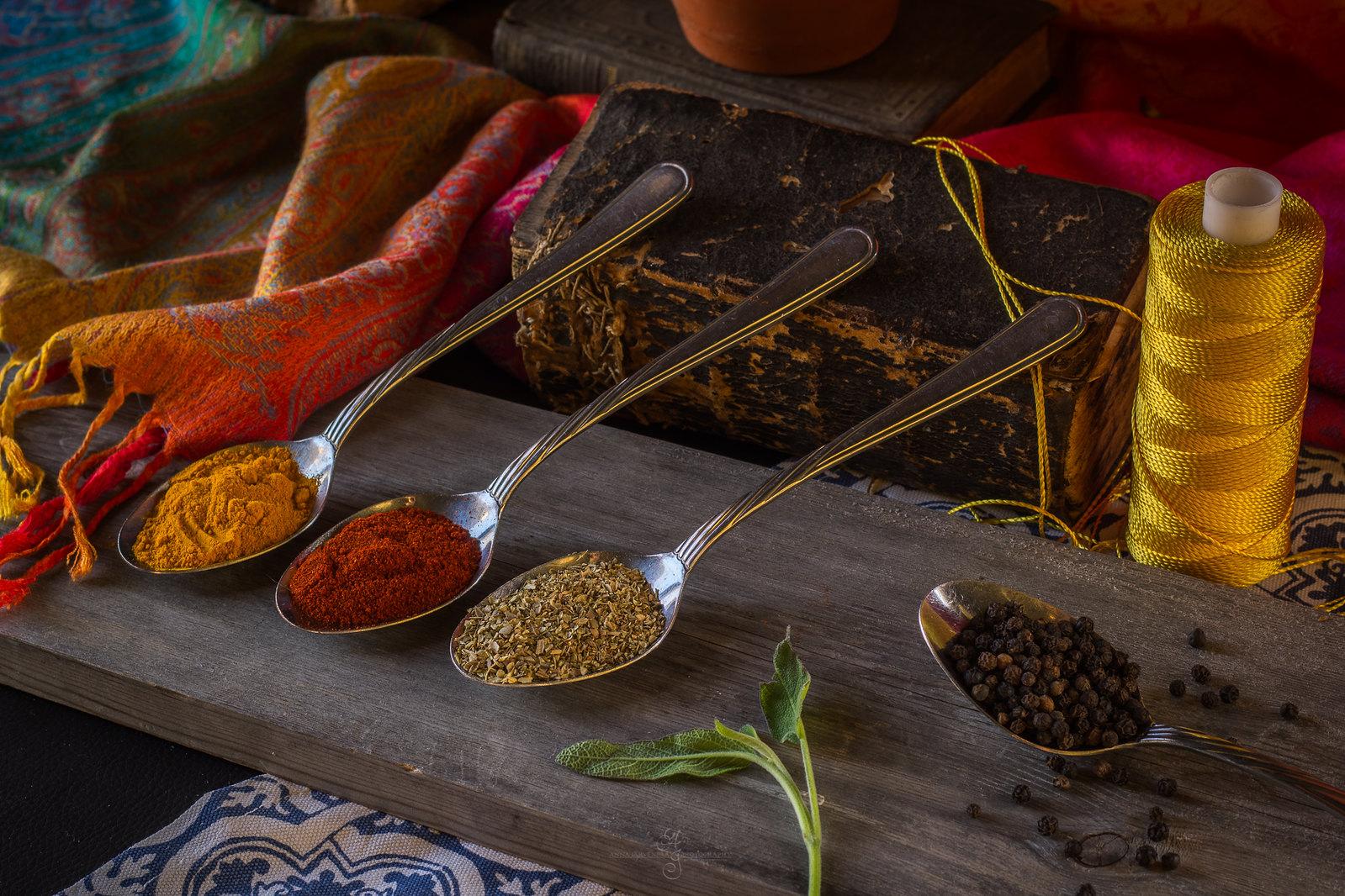 Mausteet / Seasoning