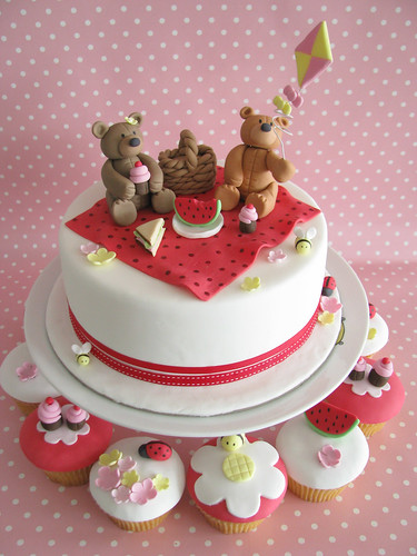 Teddy Bears Picnic - cakes and cupcakes | by Sharon Wee Creations