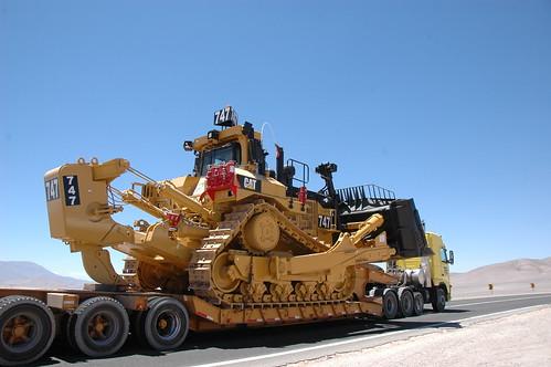 Caterpillar Bulldozer D11 4043526747_1e934d8785.jpg