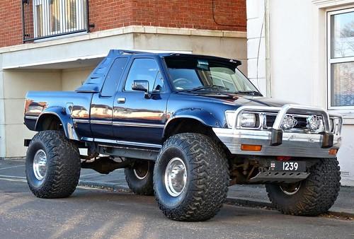 Toyota Hilux 4x4 Pickup