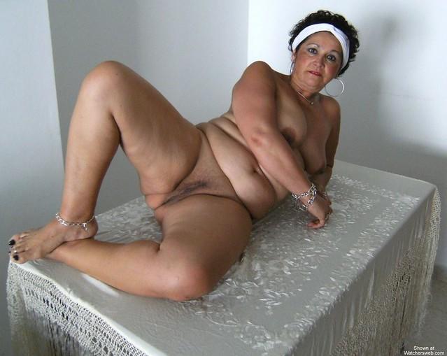 старые женщины голые фото