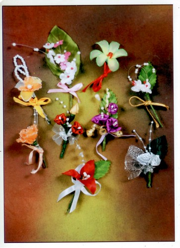 family flower boutonniere family flowers for weddings