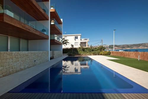 Piscina desbordante piscina desbordante mediante ranura for Gunitec piscinas
