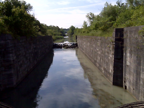 An early version of the Welland canal. Caching in a cave and tunnel shortly. | by cachemania