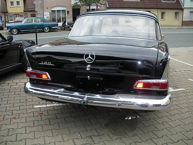 mercedes benz 190 c heckflosse w 110 1964. Black Bedroom Furniture Sets. Home Design Ideas