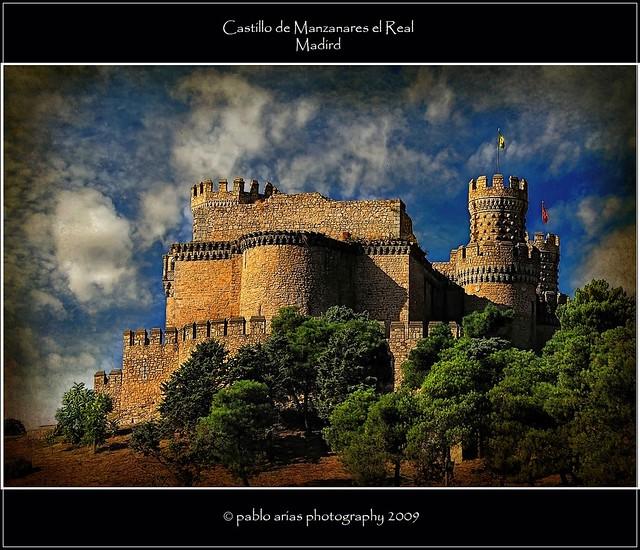 Castillo de manzanares el real el castillo nuevo de - Polideportivo manzanares el real ...