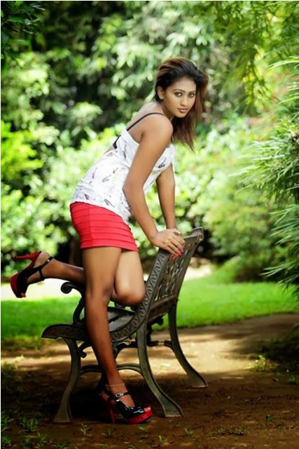 Sri Lankan Model Piumi Hansamali Hot  Spicy Photos  Flickr-5171