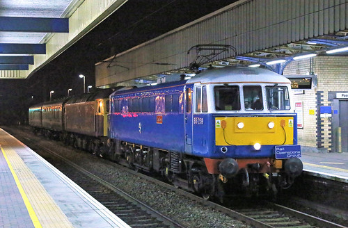 86259 passes Warrington Bank Quay | by Ross Taylor 2501