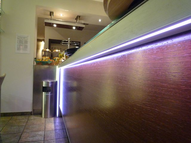 Illuminazione bar a led illuminazione bar tramite lampade u flickr