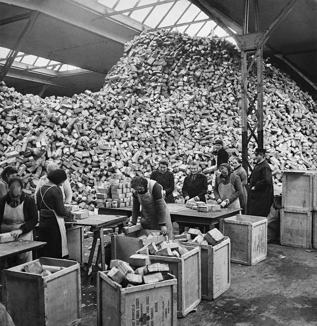 Relief parcels for POW | Second World War, Switzerland ...