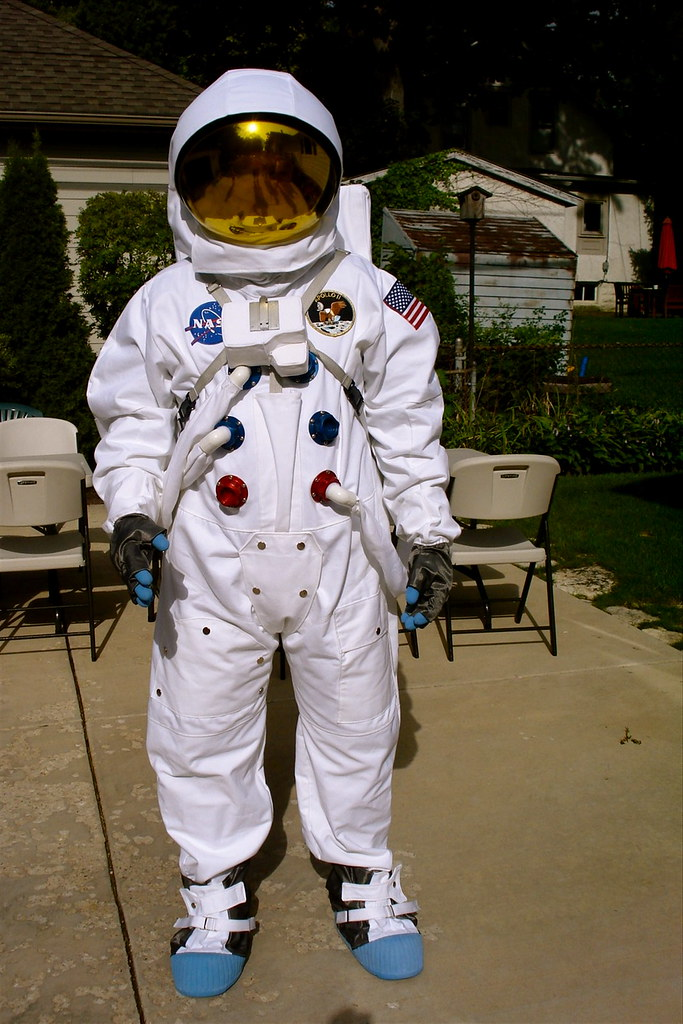 apollo replica space suit - photo #23
