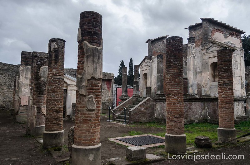 visita a Pompeya templo
