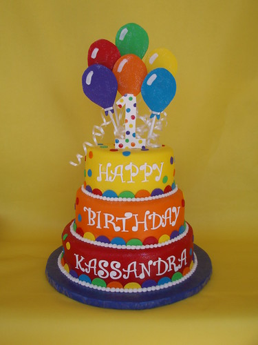 Images Of 1st Anniversary Cake : Balloon Themed Birthday Cake Vibrant colored balloon ...