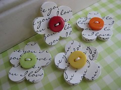Sweet Button Love You paper Flowers | by vsroses.com