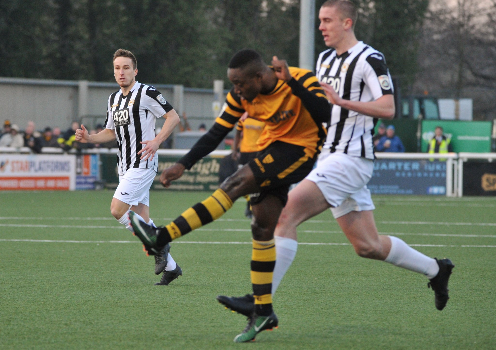 Maidstone United v Torquay United 285