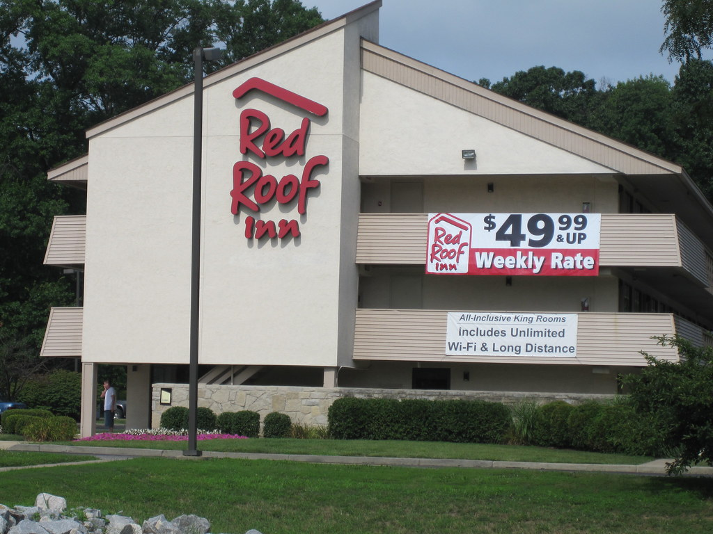 Red Roof Inn Pigeon Forge Tn Bed Bugs