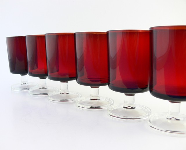 Set of 6 wine glasses luminarc vintage ruby red cavali flickr - Verre coca cola luminarc ...