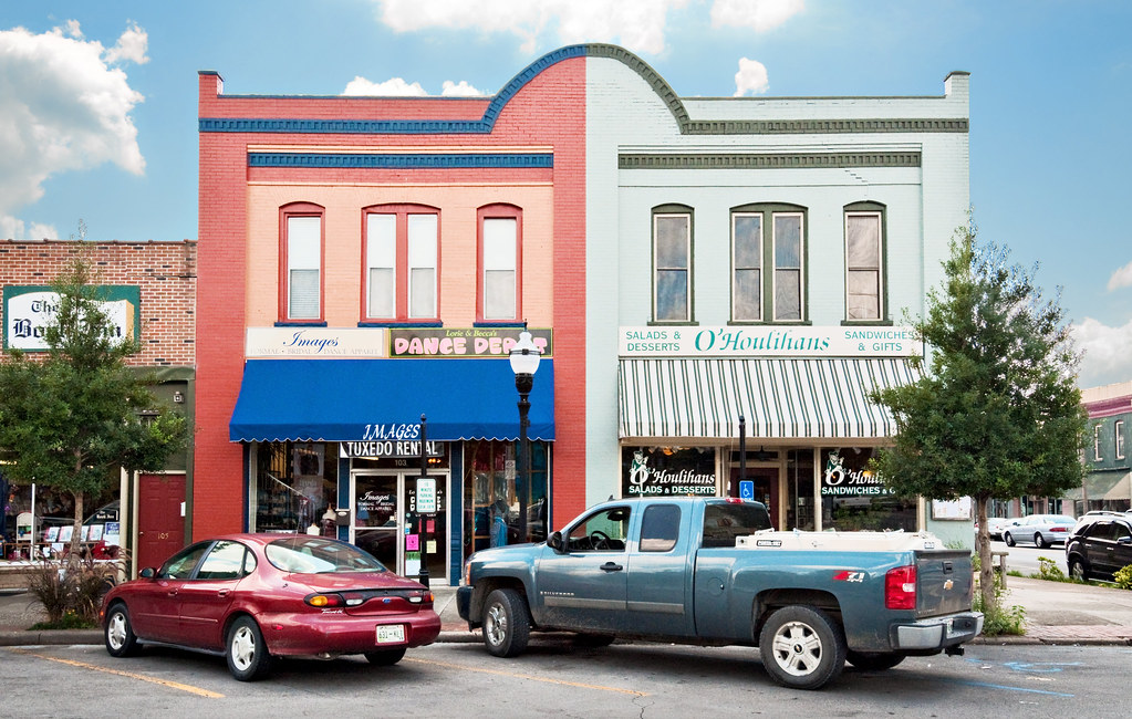 Fayetteville (TN) United States  city photos gallery : corner shops, Market Street, Fayetteville, Tennessee 1809 pop. 7,166 ...