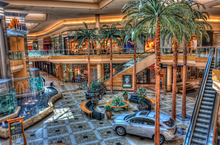 International Plaza Mall Tampa Florida | by Photomatt28