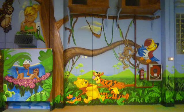 Chiquipark sant fruit s manresa mega parc pedraforca for Murales infantiles para preescolar