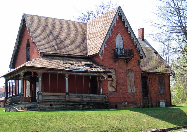 Dilapidated house mansfield oh flickr photo sharing for Building a home in ohio