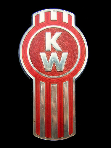 kenworth logo 3 | felix morales | Flickr