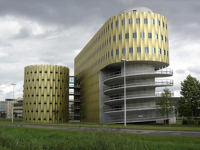 Utrecht de cope parking garage and office building flickr for Build office in garage