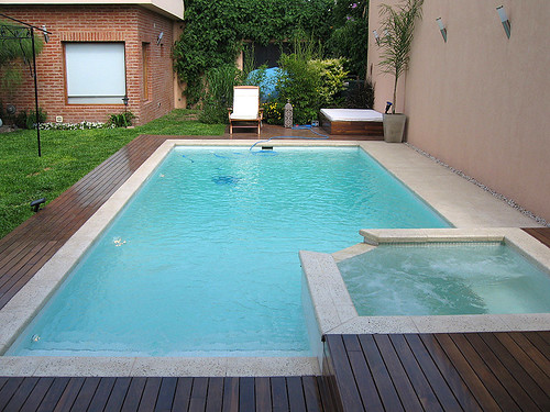 Piscina y jacuzzi 8x4m piscinas santa clara flickr - Jacuzzi de jardin ...