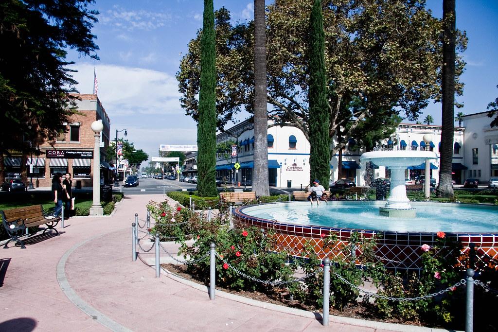 Old Towne Orange Plaza Fountain