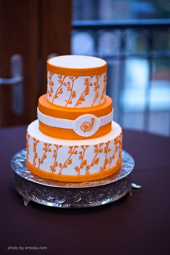 orange and white wedding cakes orange and white modern wedding cake iheartcakes flickr 18042