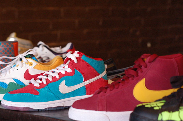 Nike Shoes Maroon And Gold