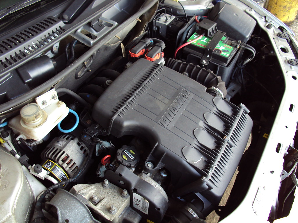 Fiat punto sporting 1 2 16v engine flickr photo sharing