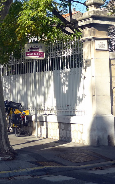 P dibus salon de provence fr13 flickr photo sharing for Poste jean moulin salon de provence