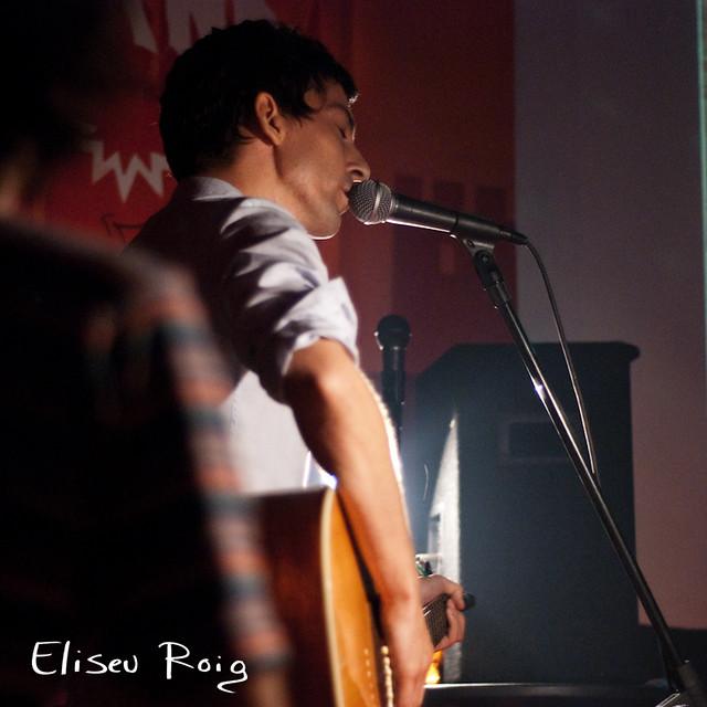 Delicate Chords Eliseu Roig Flickr