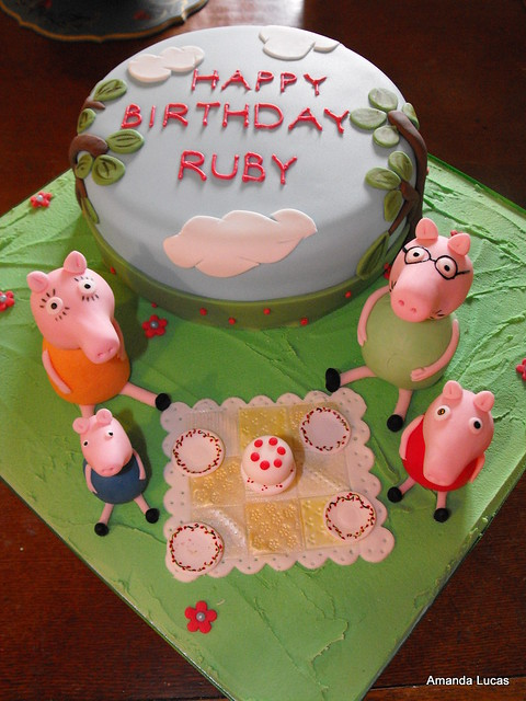 peppa pig cake pan peppa pig cake here s a cake for a gorgeous 6457
