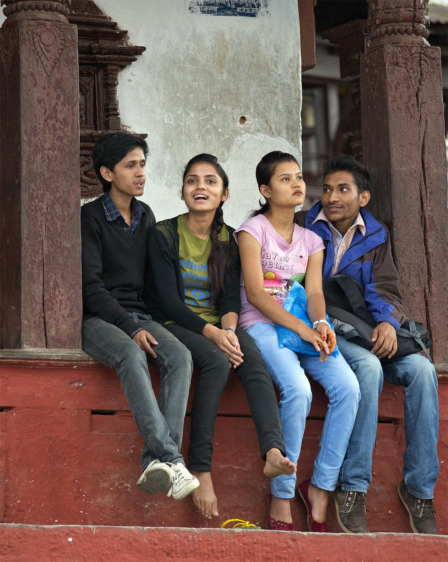 Непал. Катманду уличные фото-зарисовки-25