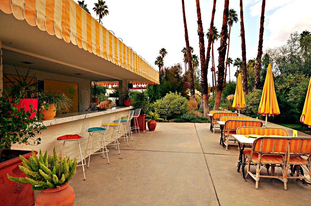 parker palm springs hotel garden bar chimay bleue flickr. Black Bedroom Furniture Sets. Home Design Ideas