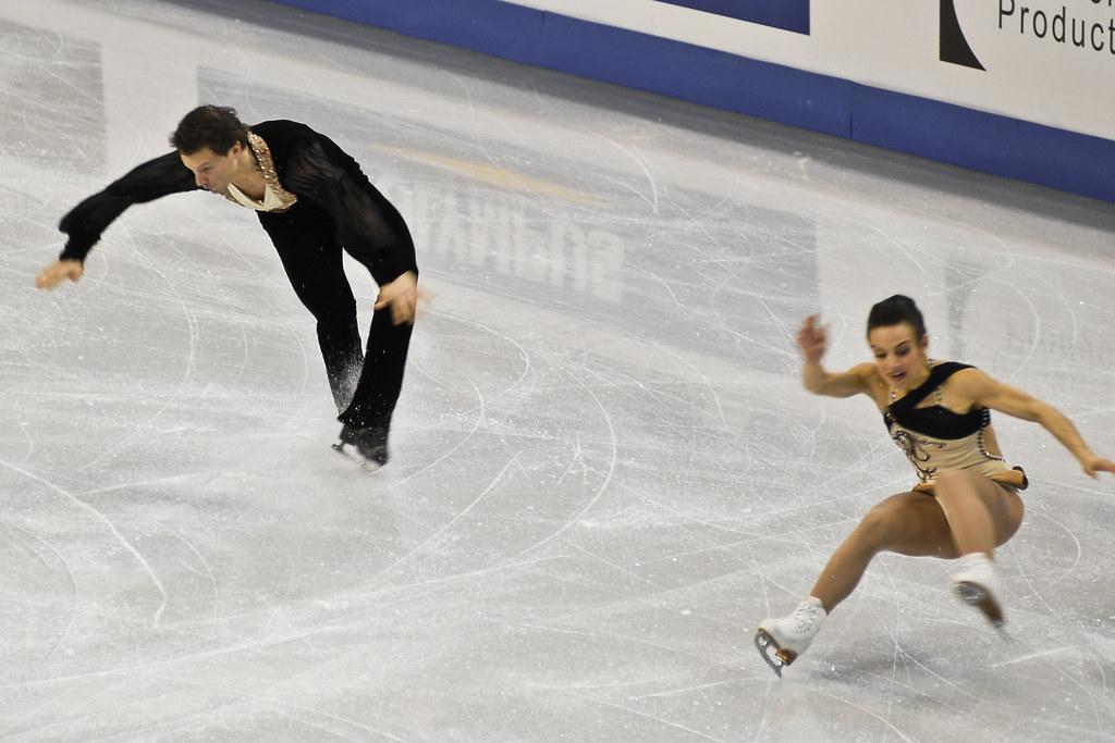 skating oops Figure sports